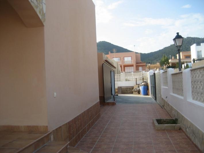 Duplex te koop in San José Atalaia
