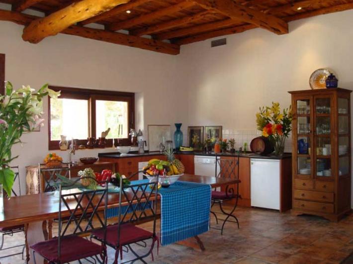 Prachtige villa met 4 slaapkamers in San Jose Cala Jondal te koop