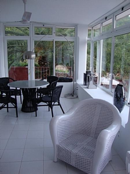 Vier slaapkamer villa te koop in Salinas