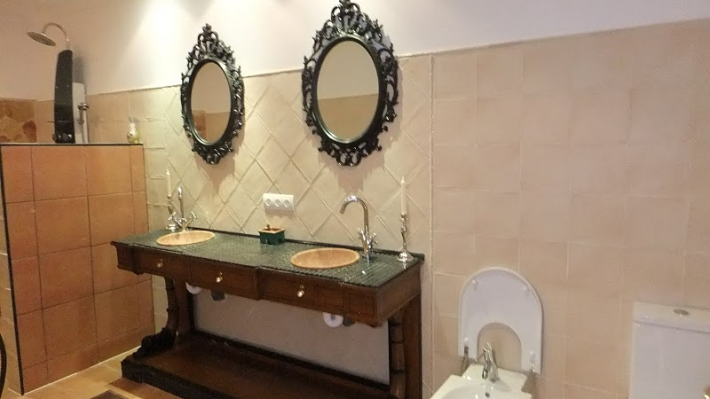 Villa met 10 kamers in Santa Eularia des Riu te koop
