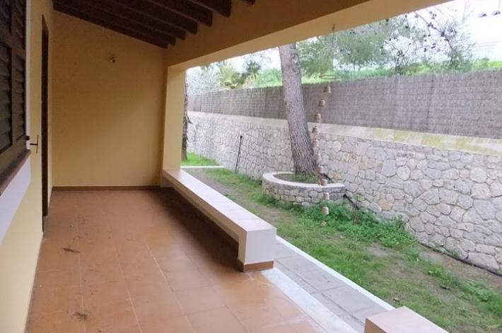 Deze 6 slaapkamer villa in Ibiza te koop.