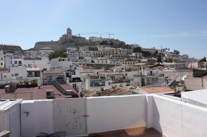 Appartement te koop in de haven van Ibiza
