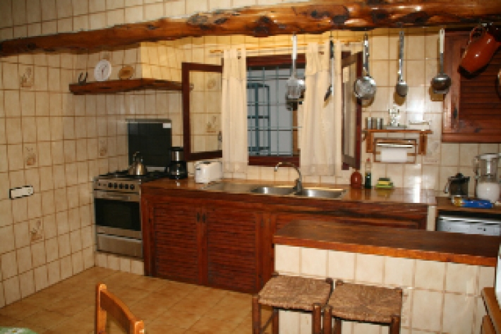Deze prachtige 6 slaapkamer Villa San José de sa Talaia te koop