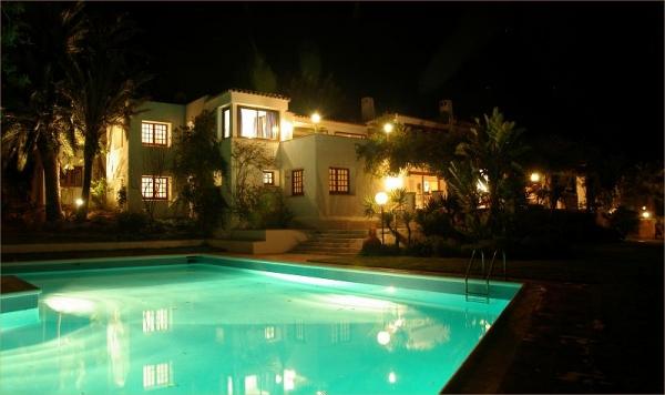 Villa met 12 kamers in Atalaia verhuur