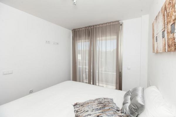 Modern 1 slaapkamer appartement te koop in Ibiza