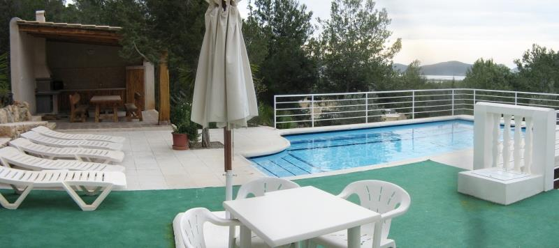 Drie slaapkamer vrijstaand te koop in Sa Caleta