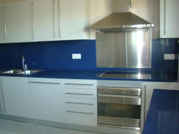 Luxe appartement met 5 slaapkamers in de haven van Ibiza te koop