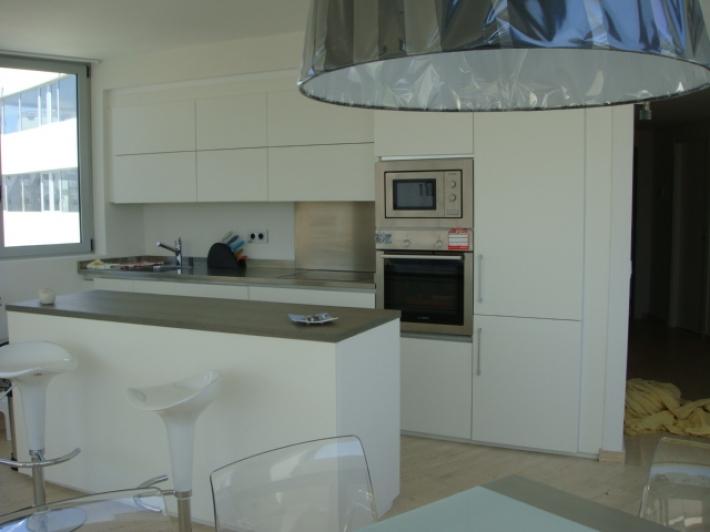 Te koop 2 kamer appartement aan de kust van Ibiza