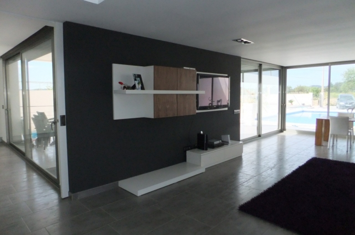 Deze prachtige villa met 4 slaapkamers in San Jordi Ibiza te koop